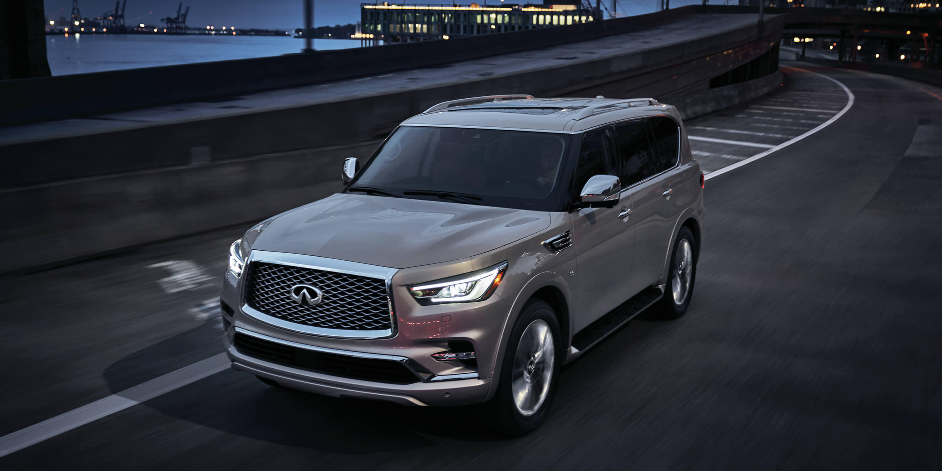 2019 INFINITI QX80 SUV Power and Performance Towing Capacity